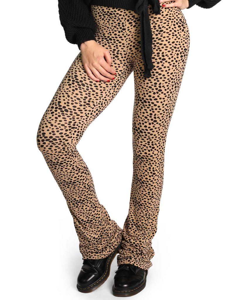 ambika-dames-soft-flare-broek-cheetah-beige